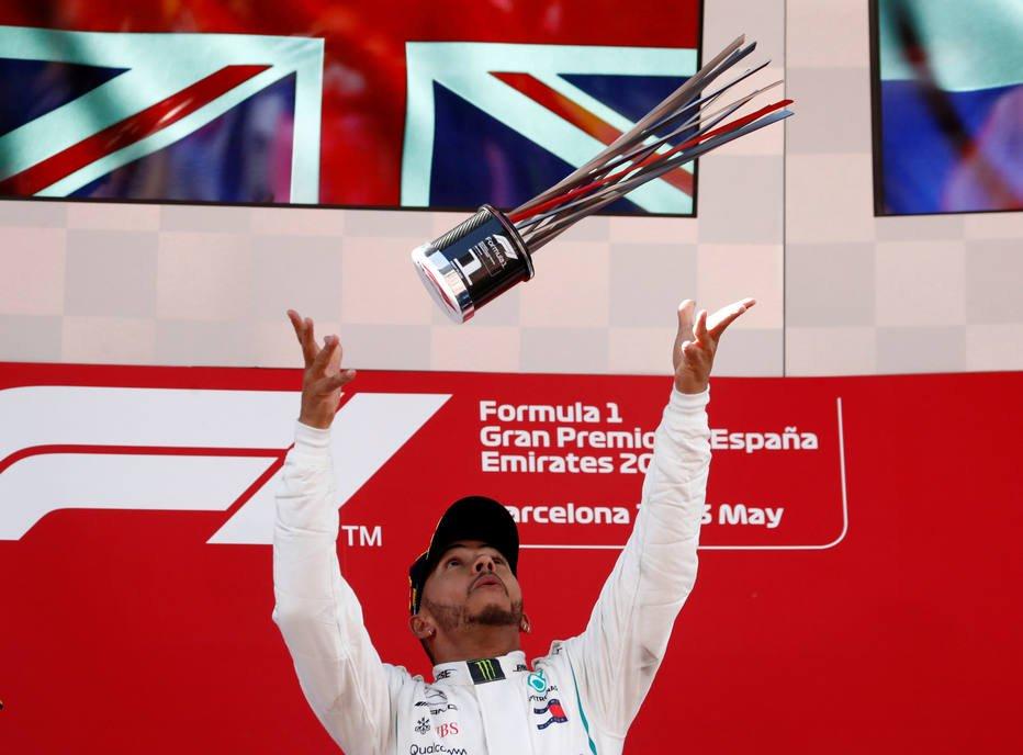 Chefe da Mercedes evita apontar data para acertar novo contrato de Hamilton https://t.co/WwMJjapP9t