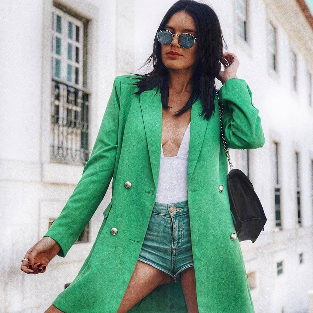 Image for Girl KRUSH 💚 SHOP the CARRIS blazer here 👉🏽👉🏽 #bloggers https://t.co/p0CYMil3rB