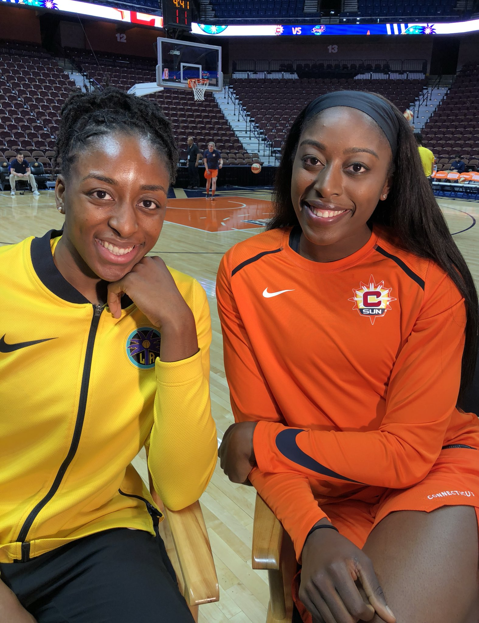 Ogwumike x2.  Nneka & Chiney face off in the #WNBA for the 6th time TONIGHT on ESPN 2 at 7pm/et. https://t.co/TWHenIMg8k
