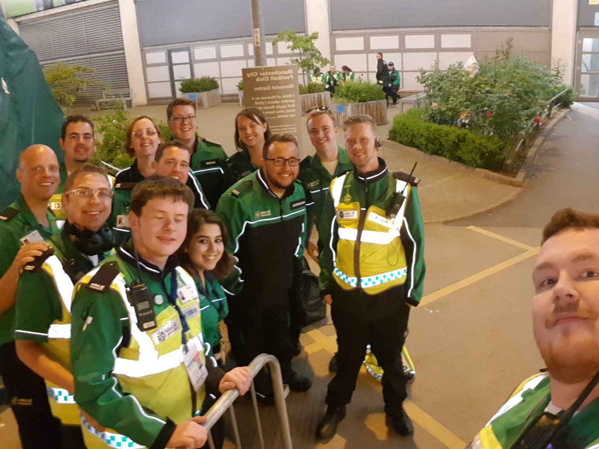 Romeo treatment centre and done of the first aid teams after a busy night covering @edsheeran We&#39;ve had a blast #R11 standing down ready to do it all tomorrow<br>http://pic.twitter.com/d2Cq8xjw58