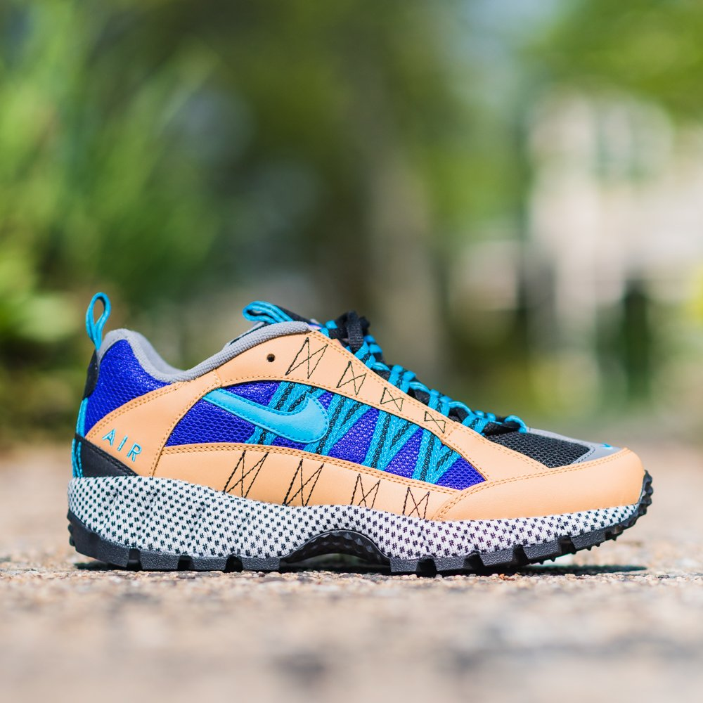 c6011bc0af9 Nike Air Humara  17 QS Available Now! Men s (6-13) AO3297