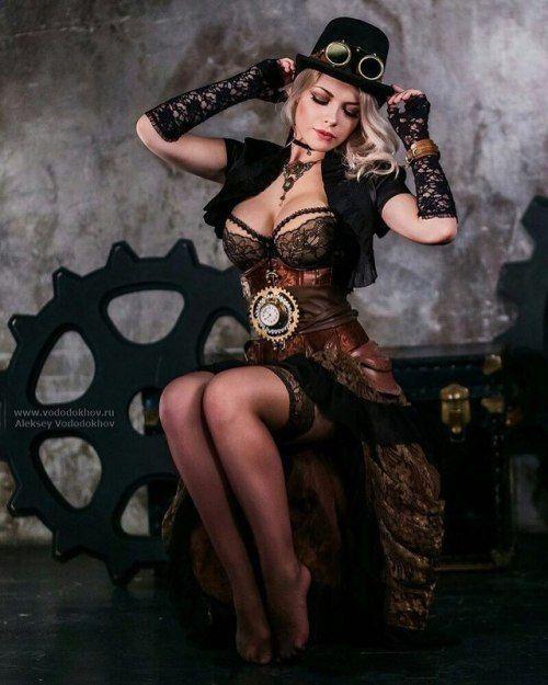 #steampunk #steampunkgirls #fashion