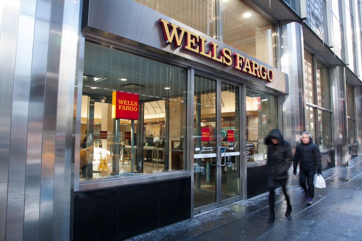 wells fargo wachovia merger He noted that wachovia survived the tumultuous period before its merger closed with wells fargo at year's end, although having a purchase agreement with the san francisco bank certainly boosted.