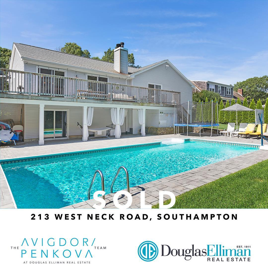 Another SOLD listing by #TheAvigdorPenkovaTeam! Looking to sell your home or buy a new one? Contact the Team today! https://t.co/QqUhzaQw5K  #DouglasElliman #LuxuryRealEstate #DEHamptons #TheHamptons https://t.co/MgN1KC1vOh