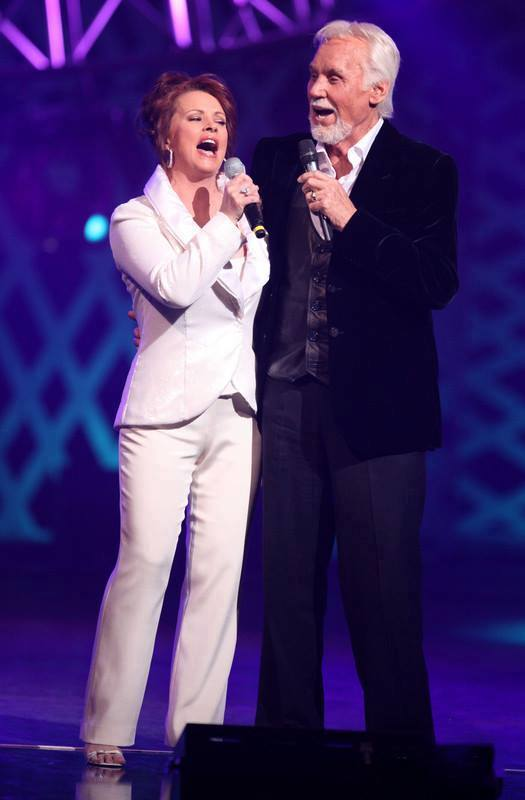 Kenny Rogers On Twitter With Sheena Easton