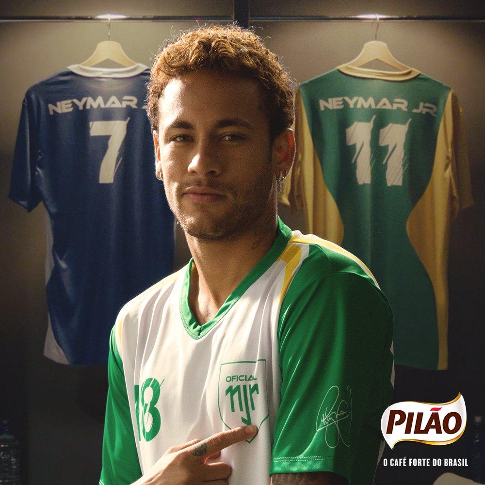 O número 18 é muito marcante: minha estreia como profissional ! Colecione a minha história. Participe da Promoção Camisas do @neymarjr, encontre os packs promocionais nos supermercados ou no site de Pilão.  #vemtremeromundo.  Saiba mais: https://t.co/srC7r0otur