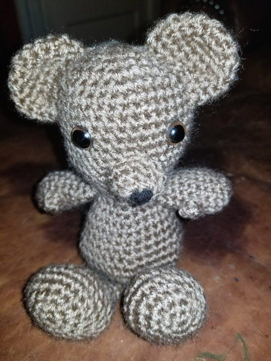 Classic Crochet Teddy Bear | Jen Hayes Creations | 1200x900