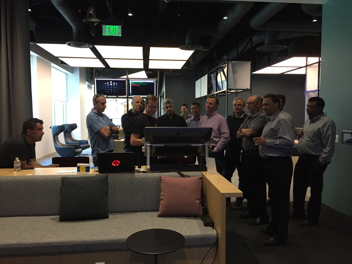 The #ONTAP leadership team immersed in the new experience of the @NetApp DVC in Sunnyvale. #DataDriven