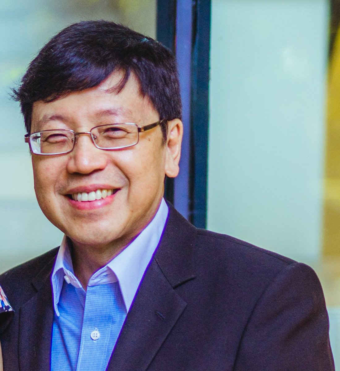 2/5 @UQ_News @UQ_EAIT Professor Chien Ming Wang is one of the foremost experts in Very Large Floating Structures (VLFS) and was interviewed last month by #Myriad2018 speaker Nathalie Mezza-Garcia for @BlueFrontiers  https:// youtu.be/-fsoIsyKLuE  &nbsp;   #urbantech #smartcity #bne #ClimateAction<br>http://pic.twitter.com/r2e3GGrz6w