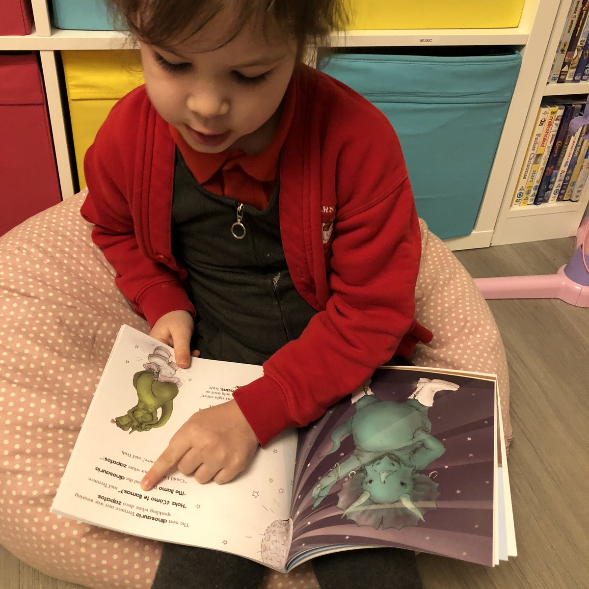 Are you keen to teach your children a second language? I was so impressed with our @OneThirdStories box, read our full #review https://t.co/BWdjSMcwZv #learninglanguage https://t.co/O3nhL4Kx5G
