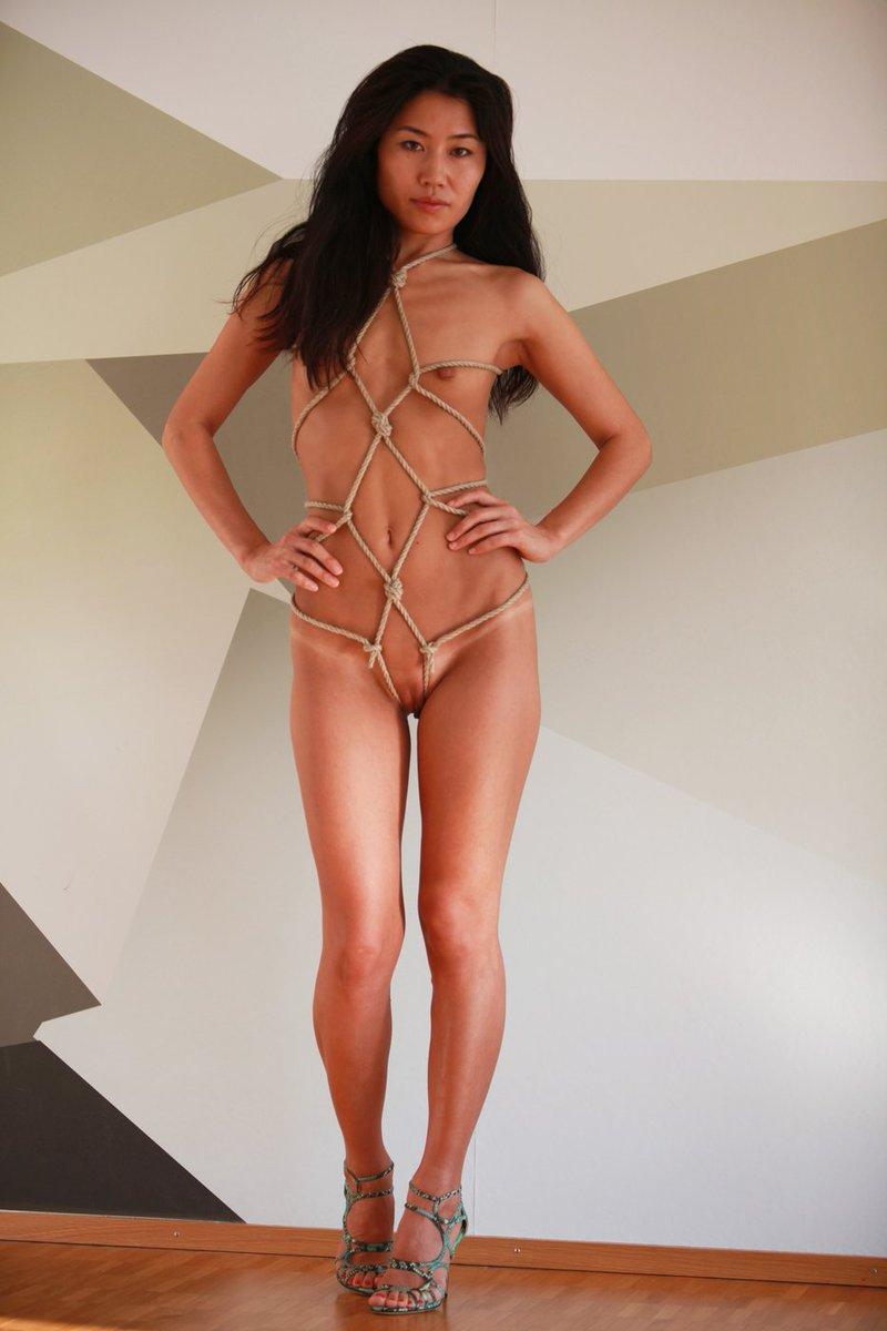 Bianca kajlich fake nude