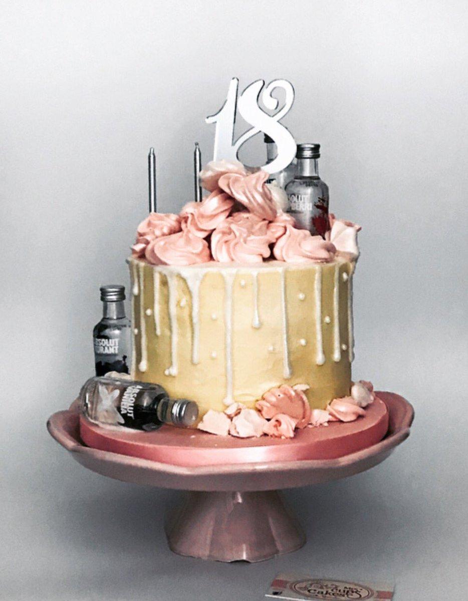 Fabulous Mrs Cups Cakes On Twitter Vanilla Sponge Light Fluffy Personalised Birthday Cards Paralily Jamesorg