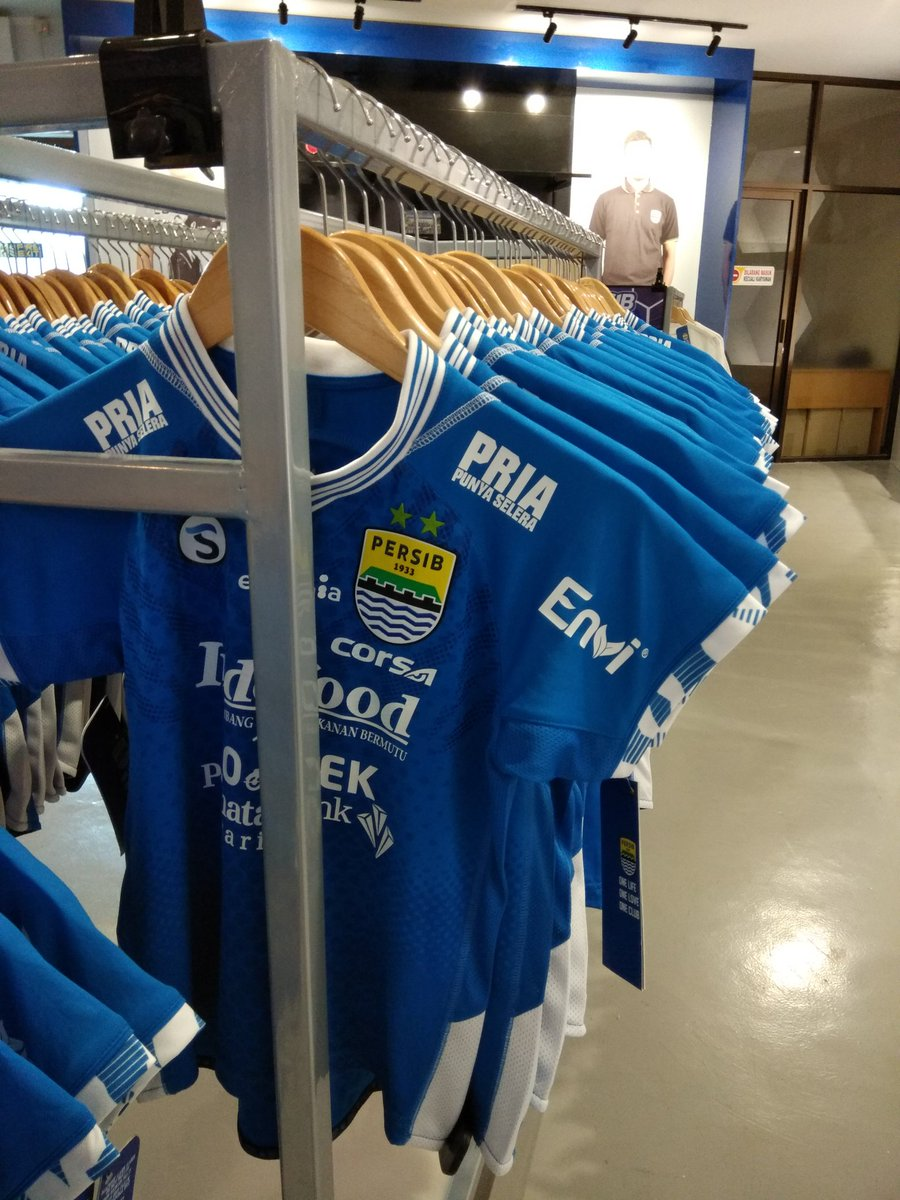 Persib Home kids juga ready. S - XL Boys @ 250.000  @Jerseyforum