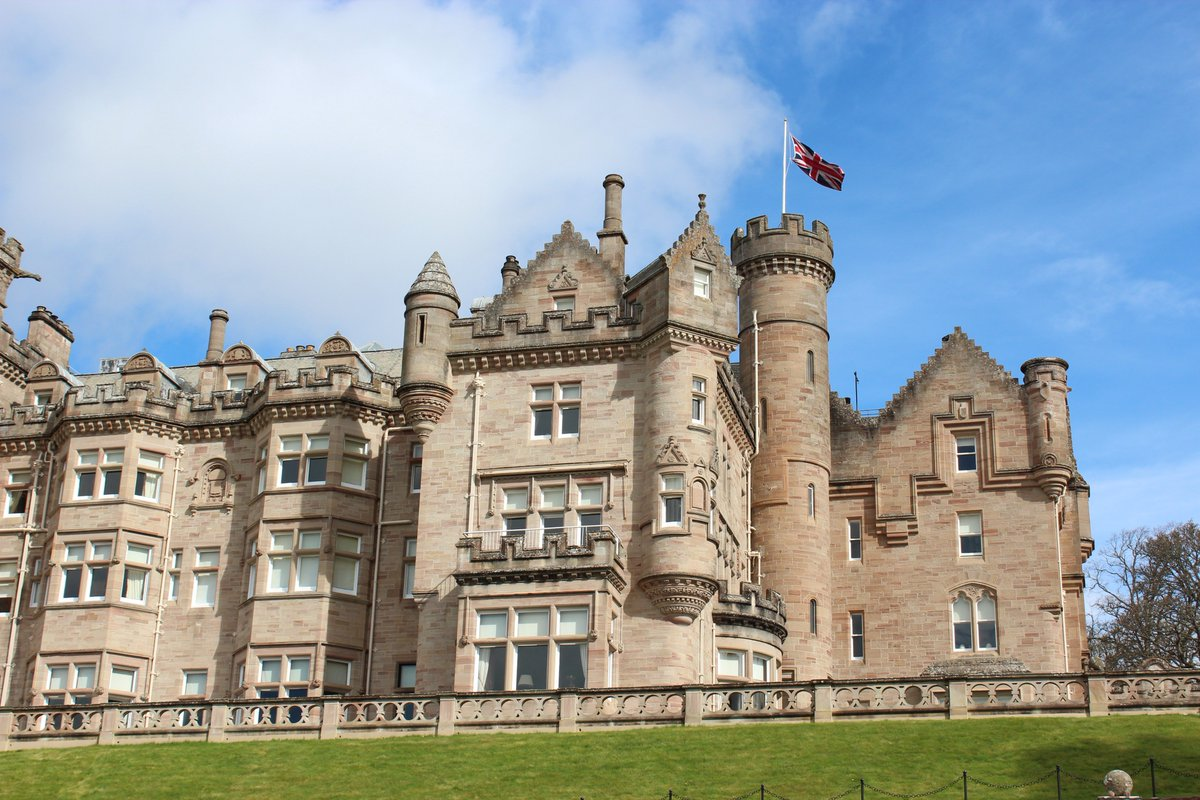 A year ago we arrived at @skibo_castle #skibocastle #thecarnegieclub #bespokechildcare #Luxury #Scotland #eventnanny #eventprofs #luxurylifestyle #castle #childcareprofs