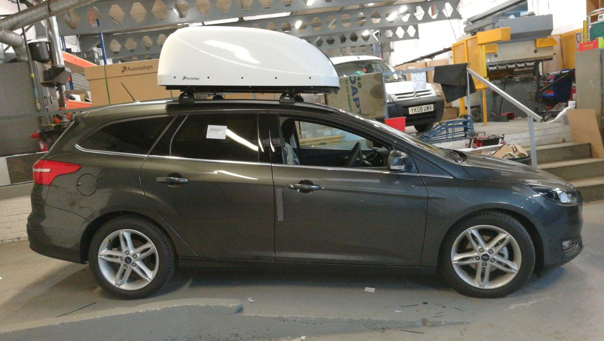 "Elap on Twitter: ""Our engineer installed an Autoadapt Chair Topper onto  this Ford Focus Estate. The Chair Topper can retrieve and stow a manual  wheelchair ..."