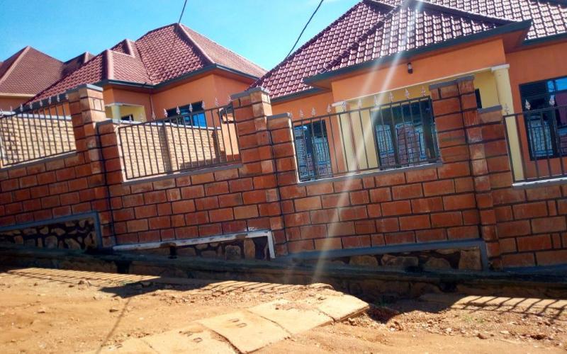 ... Click To Read More Http://www.houseinrwanda.com/property/rent /house/duplex Houses Rent Kanombe U2026 #RwOT #RealEstateHub #Rwandapic.twitter. Com/lmoERgCUPE