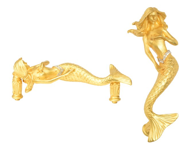 #Carpediemhardware #2643 4&quot; o.c. #Mermaid #pull hand made in USA with #Swarovski #crystals shown in 18K plate #gold #drawerpull #hardware #cabinetknobs #homedecor #furniturrehardware #cabinethandles #decorativehardware #cabinethardware #interiordesigner  http://www. carpediemhome.com/Products/neptu ne_cry.html &nbsp; … <br>http://pic.twitter.com/8wZBCDrps8