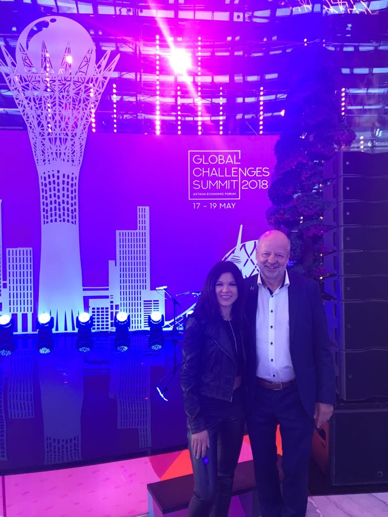 With the help of 2004 @Eurovision Song Contest winner @RuslanaOfficial, our president @HJFell, is fighting for 100% #renewables at the Global Challenges Summit in Astana @Forum_Astana #AEF2018 #GCSummit #ForumAstana <br>http://pic.twitter.com/M6NzM7HEtB