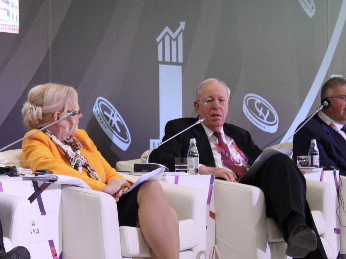 Deputy Director General of the @wto, Alan Wolff: «It is a very useful project. Financial Centre which is being created here will make it even more attractive place for financial transactions». #AIFC #AstanaEconomicForum #GlobalChallengesSummit #GlobalChallengesSummit2018<br>http://pic.twitter.com/EUQzGpW7oC