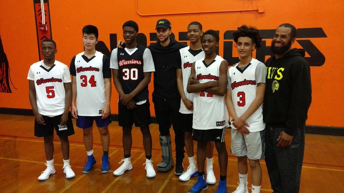 A little feel-good #FlashbackFriday to that time @StephenCurry30 crashed a McClymonds High Schoolbasketball practice with a special surprise 🤗 👉 on.nba.com/2AduSE7