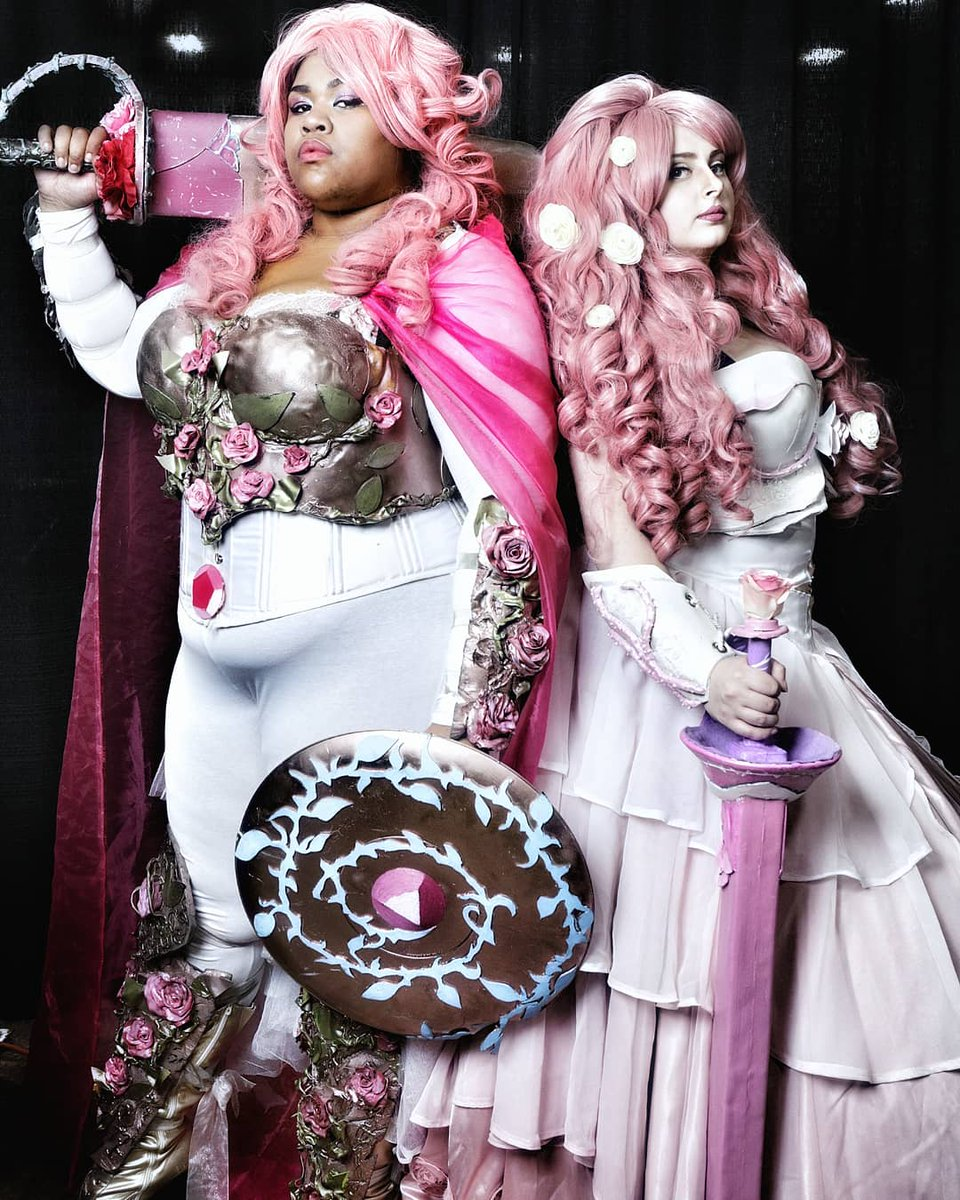 What&#39;s next... A Single Pale Rose.. #cosplay #stevenuniverse #Yanny  My armored Rose, with Morgan Le Gay <br>http://pic.twitter.com/jjGQQQp8cs