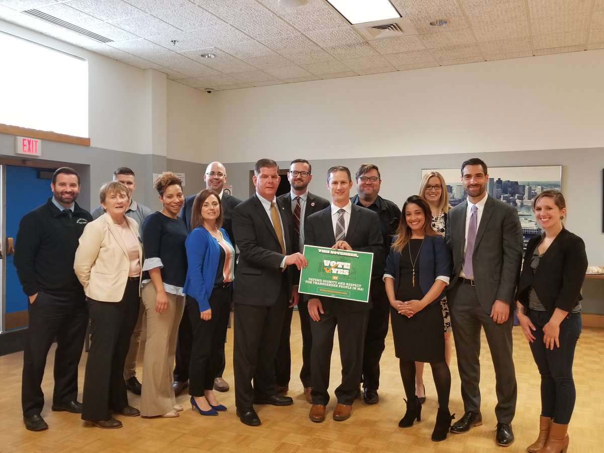 Today, #Boston Mayor @marty_walsh joined with @MetroBTC, @1199SEIU, @massteacher & @massaflcio for a roundtable discussion about the importance of upholding #TransLawMA this November. Proud to have the support of labor unions across MA! #MAPoli