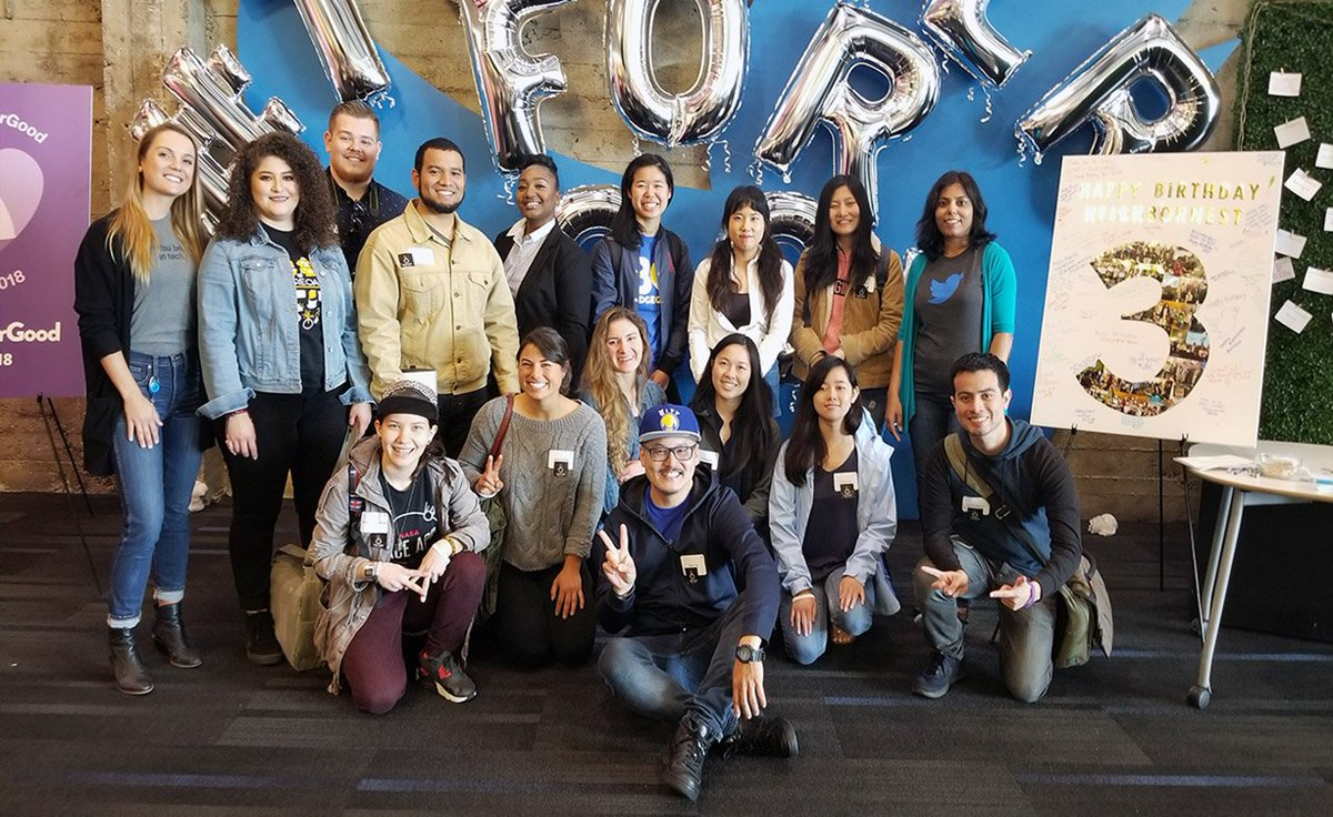 Tremendous opportunity for #OaklandDigital / #BRIDGEGOOD artists &amp; design students - learning #UXDesign from #Twitter designers, product managers, and engineers! So grateful to #TwitterForGood - YES, creativity can change the world!<br>http://pic.twitter.com/rBxyFre4KW