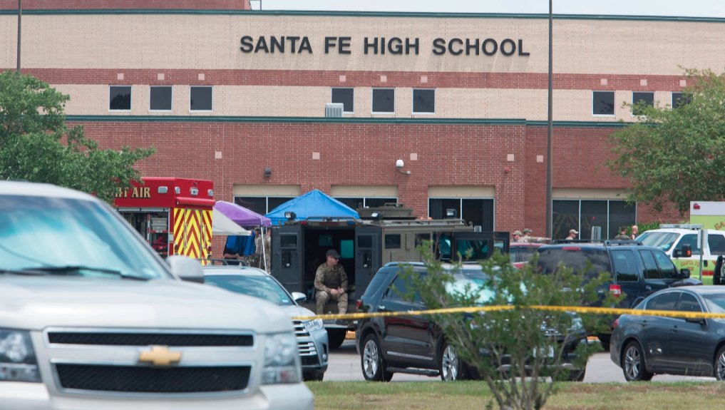 People are already making fake Facebook profiles of the Santa Fe shooter to fit their political narratives https://t.co/EZdBszEfzY