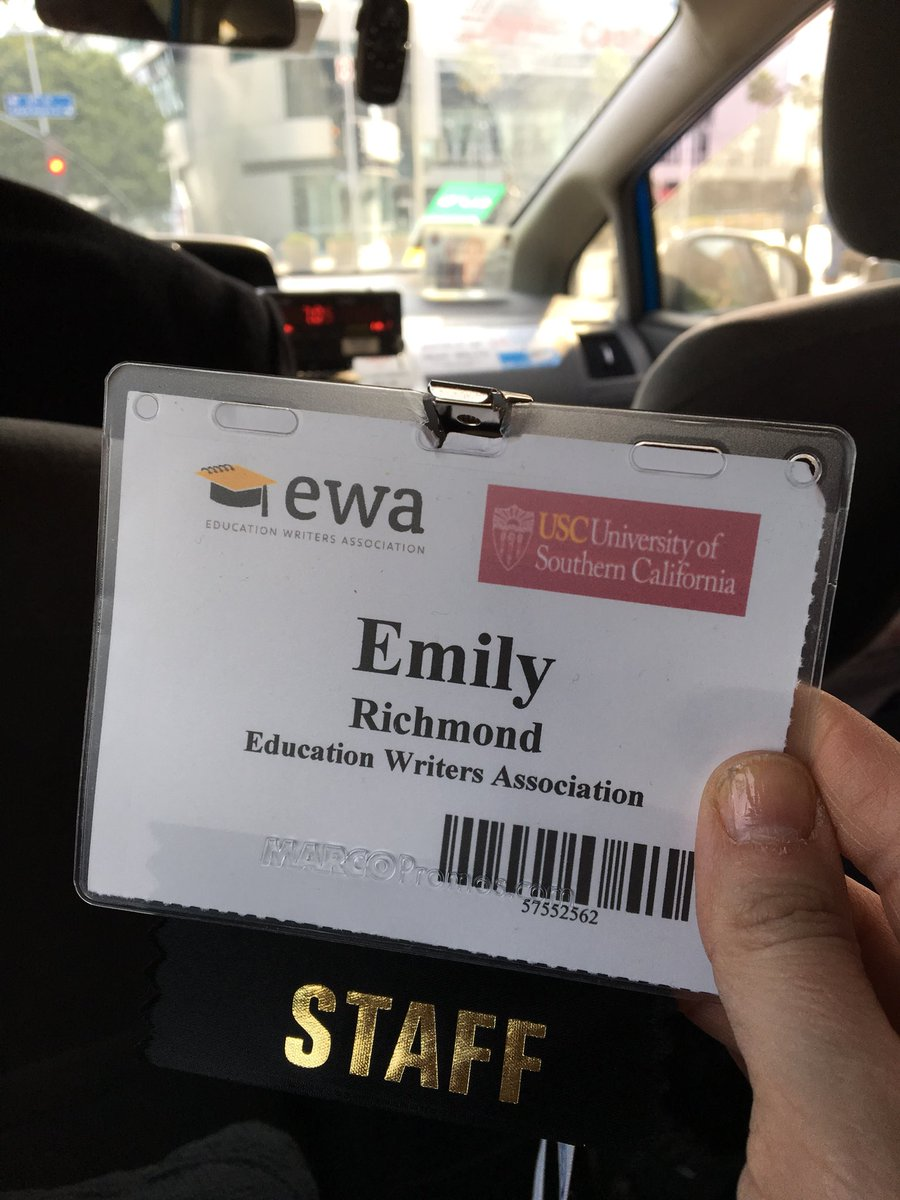 And that's a wrap on #ewa18! Never been prouder to be on Team @EdWriters. h/t @chendrie @ewrobelen @lkcrouch @kclarkcollege @ByMarquitaBrown @ally_kowalski @davidloe<br>http://pic.twitter.com/7or67g86lB