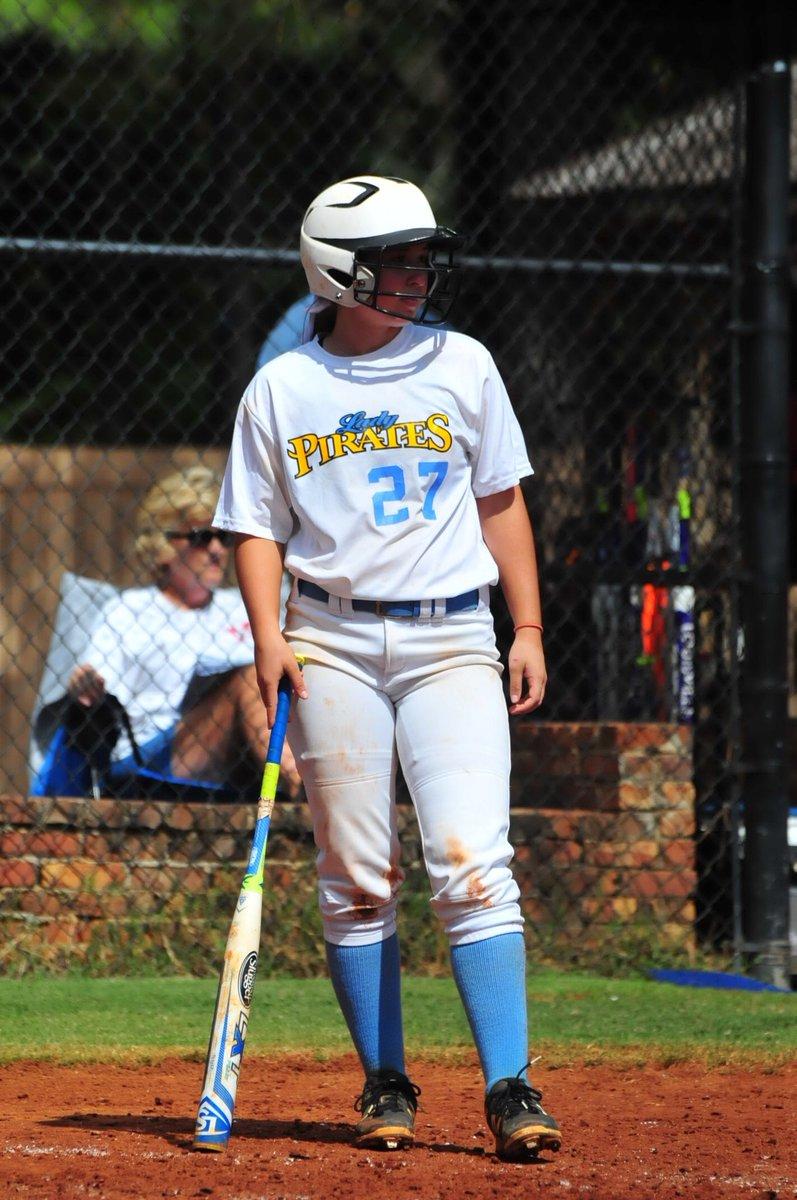 Commitment Alert     We are happy to announce Chattahoochee Valley CC transfer @mads_whipkey!  Madison had a slash line of .340/.405/.571 with 10 HR and just 7K over 156 AB at @CVCCPirates   Madison also plays 3B/SS/2B.  #BuildingBarons<br>http://pic.twitter.com/4e9g89FZQf