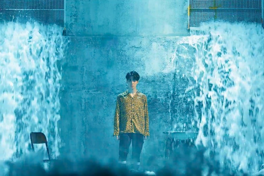 "#BTS Continues Their Record Streak As ""Fake Love"" MV Hits 30 Million Views #FakeLoveFriday https://t.co/Bdcu081kva https://t.co/L99ZsUjhMl"