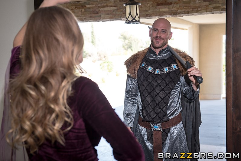 test Twitter Media - RT @JohnnySins: 🔸New @Brazzers Scene🔸featuring @Britney_Amber Get your GOT fix!! https://t.co/pv4i8Omfk2 https://t.co/kNyj4wblqX