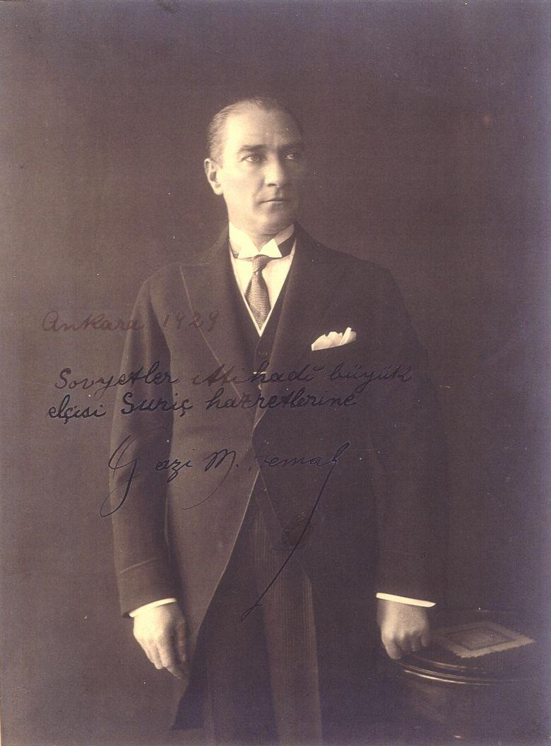 Türkiye'nin #19Mayıs Atatürk'ü Anma, Gençlik ve Spor Bayramı kutlu olsun! #19Mayis1919