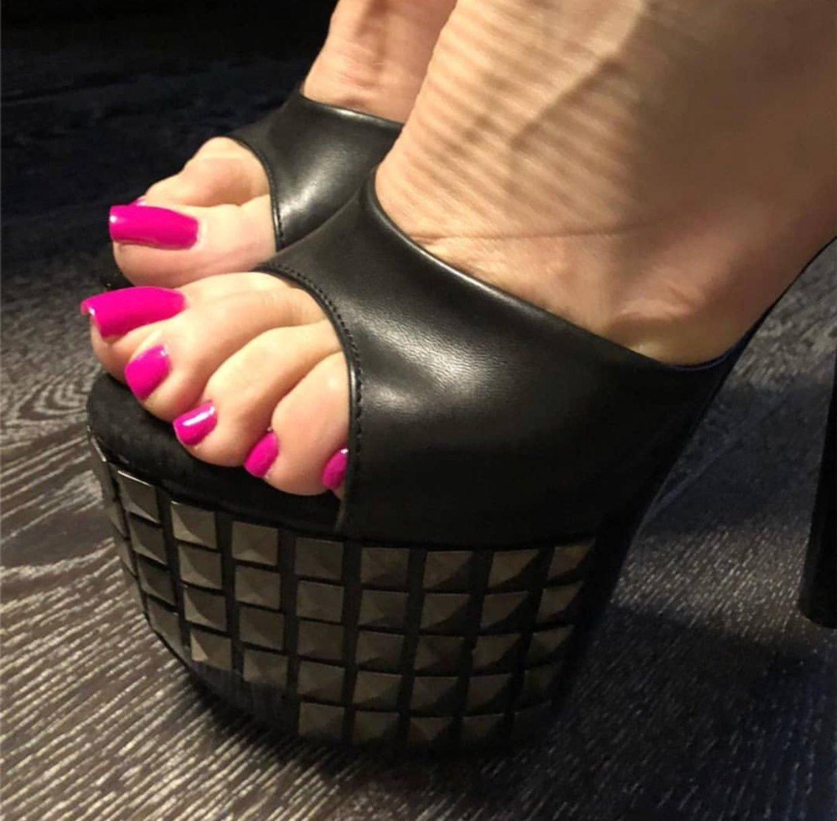 Shoespie Sexy Platform Slip