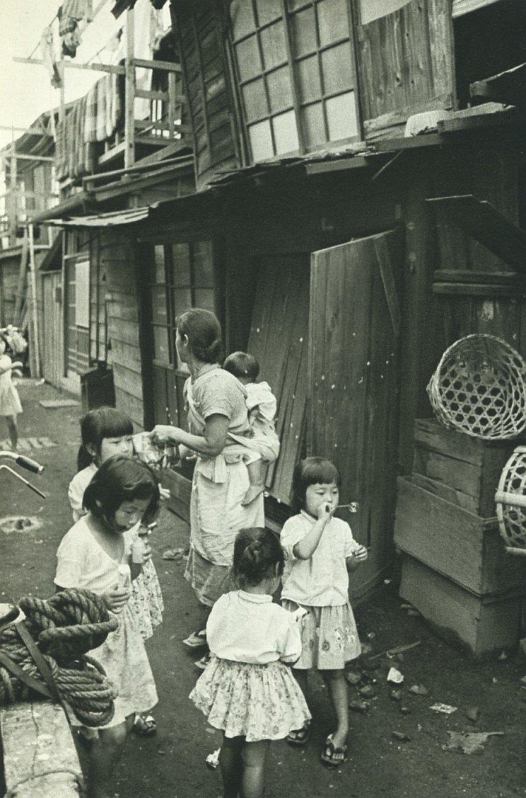 "明治・大正・昭和の写真 on Twitter: ""1958年(昭和33年)。東京の下町 ..."