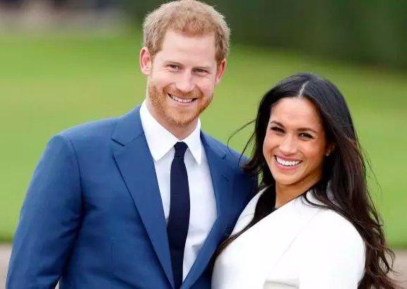 We at Small Business Saturday UK are wishing Prince Harry and Meghan Markle a wonderful wedding day!  . . . . #royalwedding #smallbizsat #supportlocal #proudlybritish