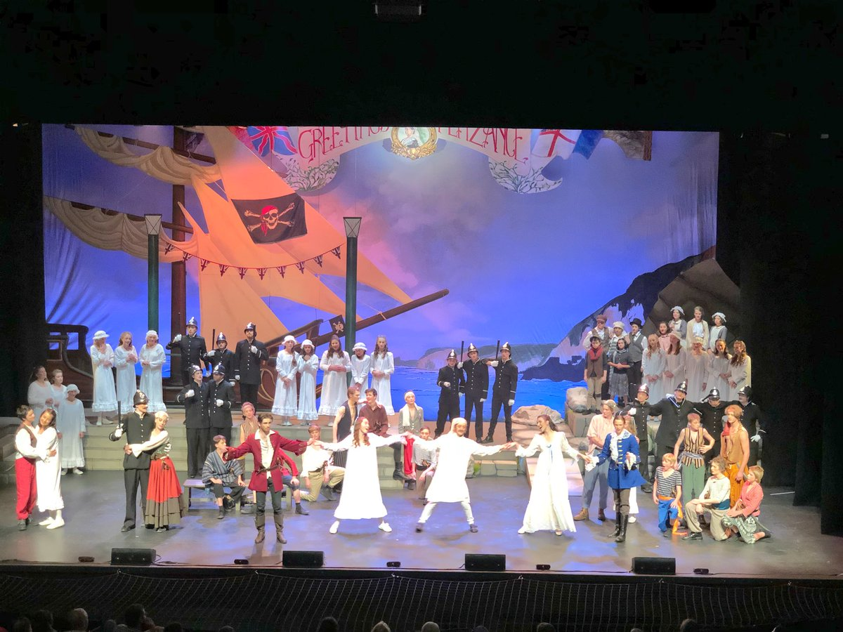 So that's it for @CanberraGrammar's Pirates of Penzance. What a fabulous experience in every way! In such awe and so proud of cast, orchestra, chorus and crew. Look at that three storey standing ovation in the Canberra Theatre. Enormous congrats and thanks to all.