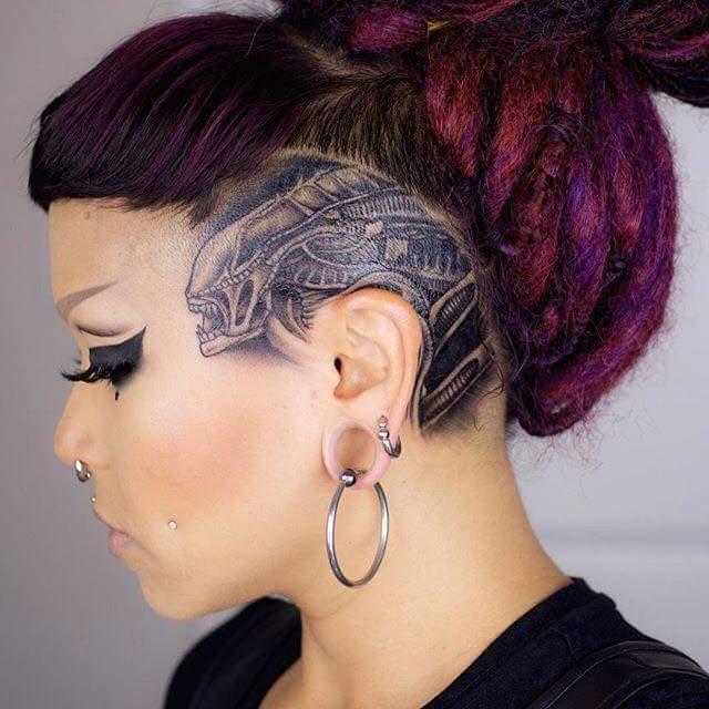 How about Sokolum&#39;s badass Alien tattoo?! Via Lee Asbury on the WY Bulletin. #Alien #Aliens #Xenomorph<br>http://pic.twitter.com/q1RLZt8NCx