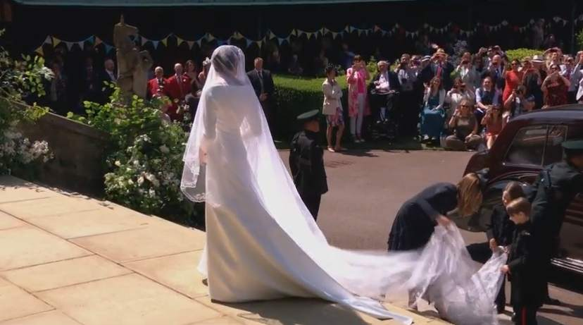 DIRECTO #RoyalWedding | Meghan Markle entra en la capilla de San Jorge ver.20m.es/rtmsr5