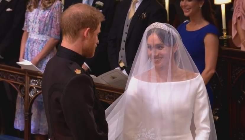 DIRECTO | Comienza la ceremonia de la #RoyalWedding entre el príncipe Harry y Meghan Markle ver.20m.es/rtmsr6