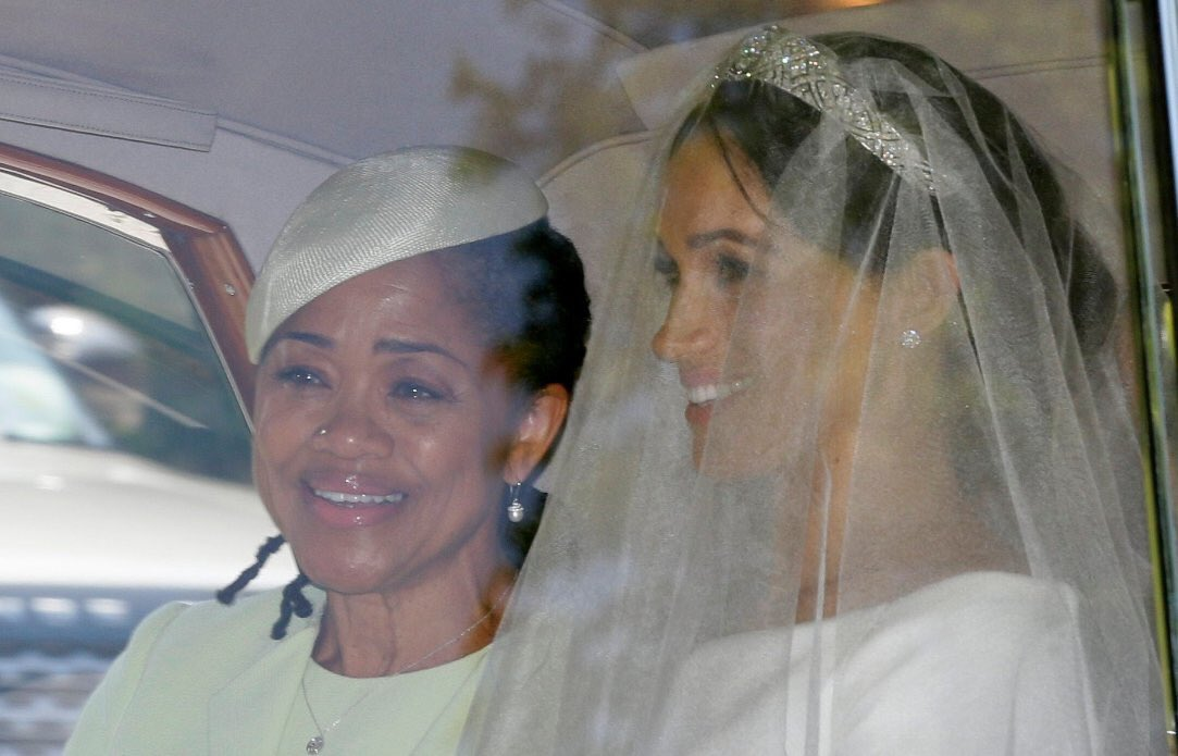 Gosh...  May all mums be a live  to witness  their  kids getting  married...Oh what  a day.   Super happy for her  mum #RoyalWedding https://t.co/67bmhy8Foq