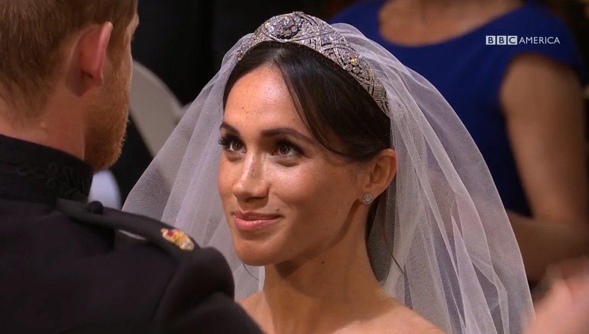 GORGEOUS. 💍💒 #Royalwedding https://t.co/BAQPjYT6nA