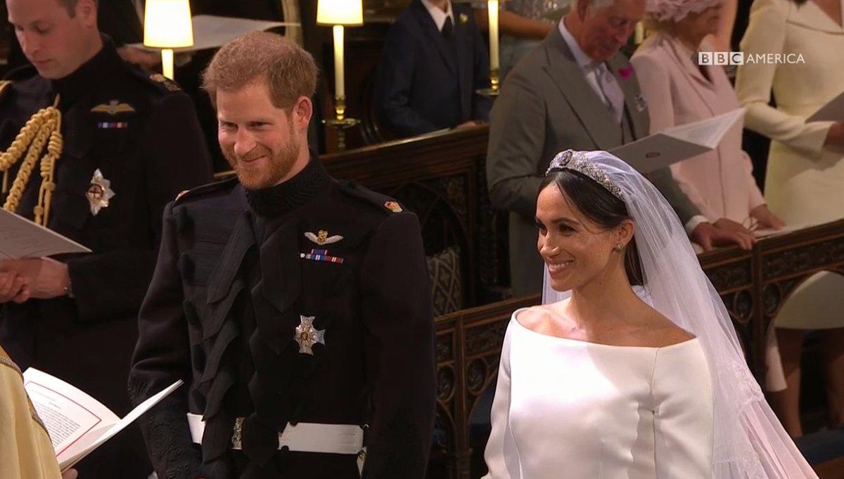 They look so happy! 💍💒 #Royalwedding https://t.co/UPnudHJA47