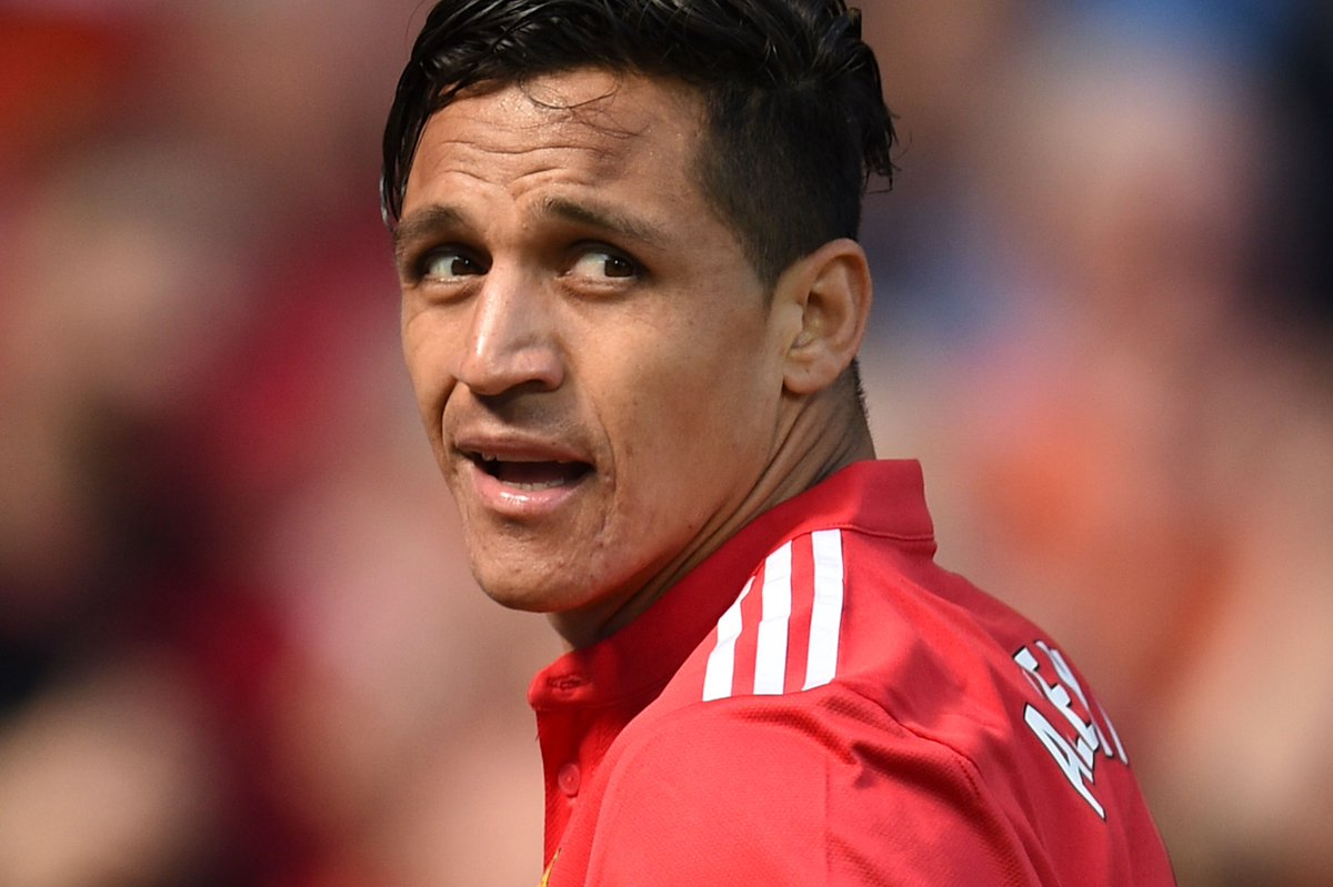 11 - Alexis Sanchez only attempted 11 passes in the first-half, the fewest of any Man Utd player including David De Gea (12). Peripheral. #FACupFinal
