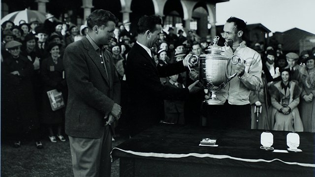 "1936 - Hitting it right down the ""Shute"": https://t.co/p3mkoqk9a5  #PGA100 https://t.co/tjBYF0iVTn"