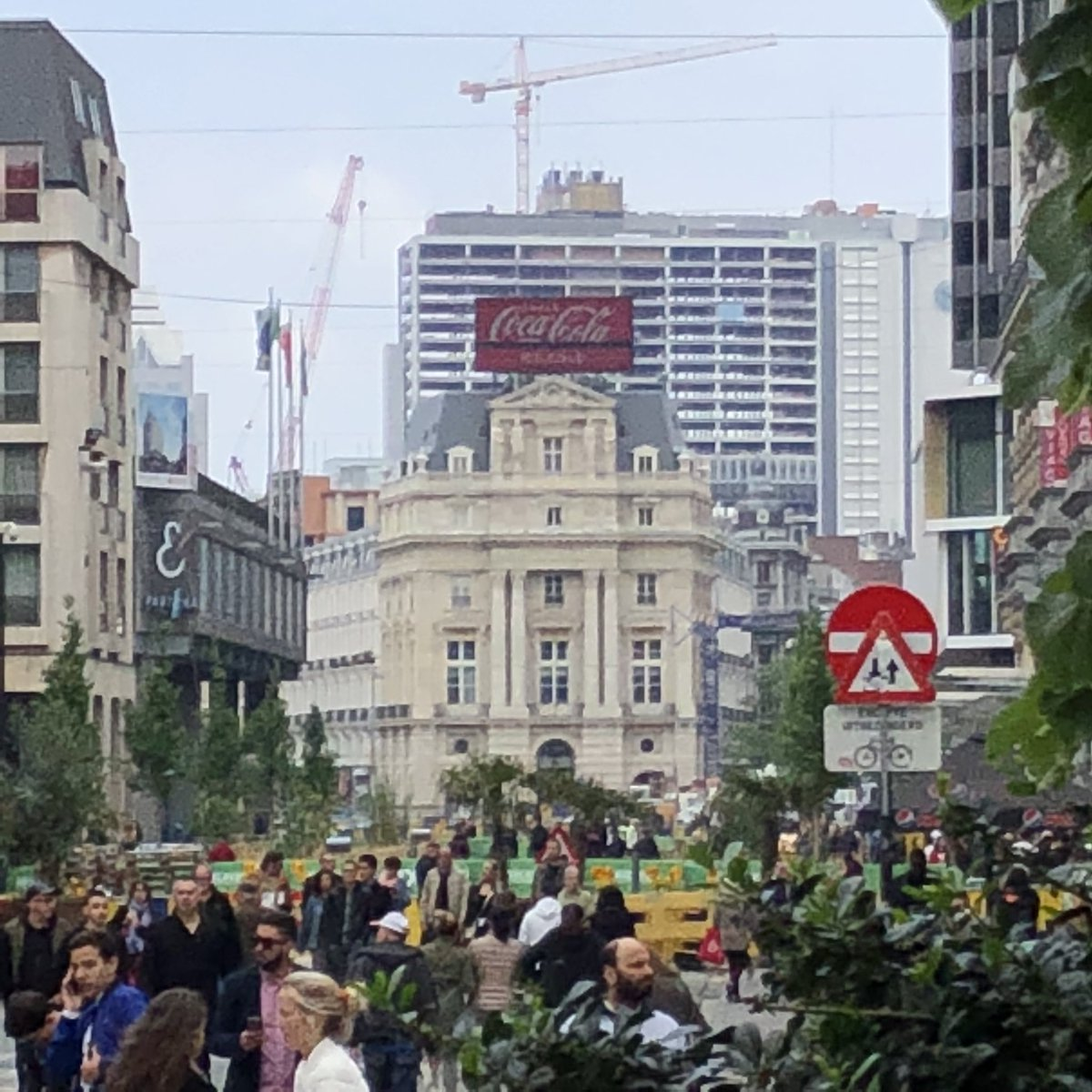 Downtown #Brussels today was a party. So fun! #gayprideday #citypic #Belgiumpic.twitter.com/lUHU4SUWqA