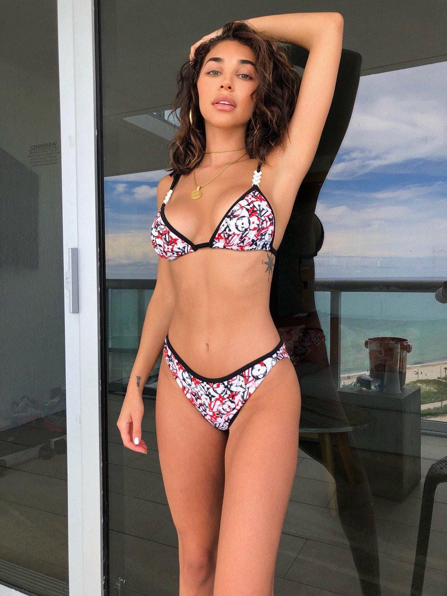 K michelle ass nude (96 photos), Bikini Celebrites picture