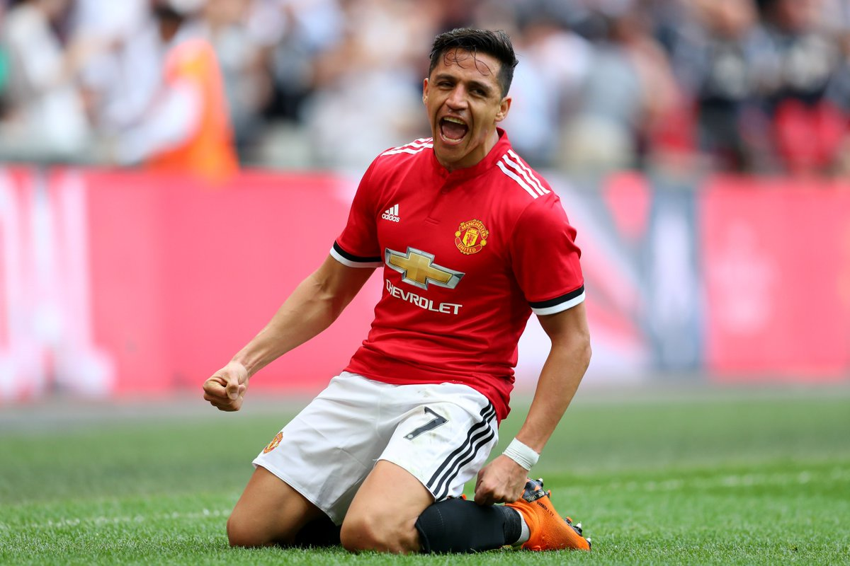 8 - Alexis Sanchez has scored eight goals in his eight games at Wembley Stadium for club and country, including six in five FA Cup appearances at the ground. Stage. #FACupFinal