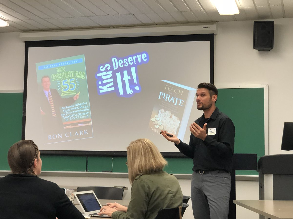 Locked in Place: State Building and Late Industrialization in India 0