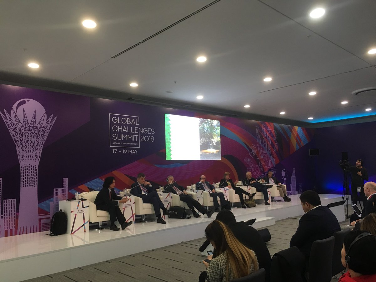 Presenting my research on salutogenic Urban design as a public health tool with 2 amazing Profs, 1 Nobel Laureate, 1 outstanding Developer and the Kazakh Minister of Health at #GlobalChallengesSummit2018. #AUTuni<br>http://pic.twitter.com/osjw4naUMK